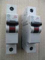 Фотография автоматического выключателя G61 на 10А производства Дженерал Электрик