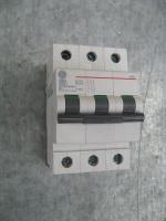 Фото модульного автоматического выключателя G63 3P на 63А General Electric