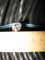 Фотография силового медного пятижильного кабеля ВВГ 5х2.5 в ПВХ изоляции и оболочке со стороны сечения