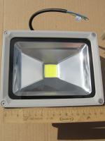 Прожектор СДО01-20 со светодиодным чипом для эксплуатации в уличных условиях (защита IP65)