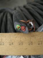 Фотография кабеля ВВГнг-LS 2х6 с двумя медными нелужёными жилами в ПВХ изоляции и оболочке пониженной пожароопасности для стационарной прокладки