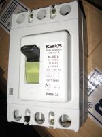 Фотография выключателя автоматического трёхполюсного ВА 04-36 в исполнении 340010 на ток 400 ампер выпуска Курского электроаппаратного завода