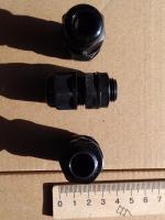 Фотография герметичных (IP68) сальников MG-12 для ввода кабеля